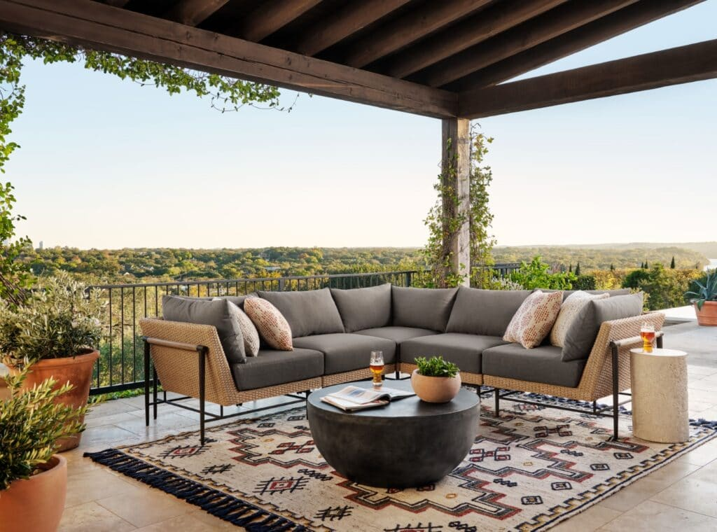 outdoor-furniture-ideas-canyon-sectional