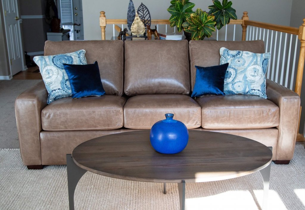 Carson-sofa-Charleston-Forge-coffee-table-Angela-lahr-Pappenheimers-project