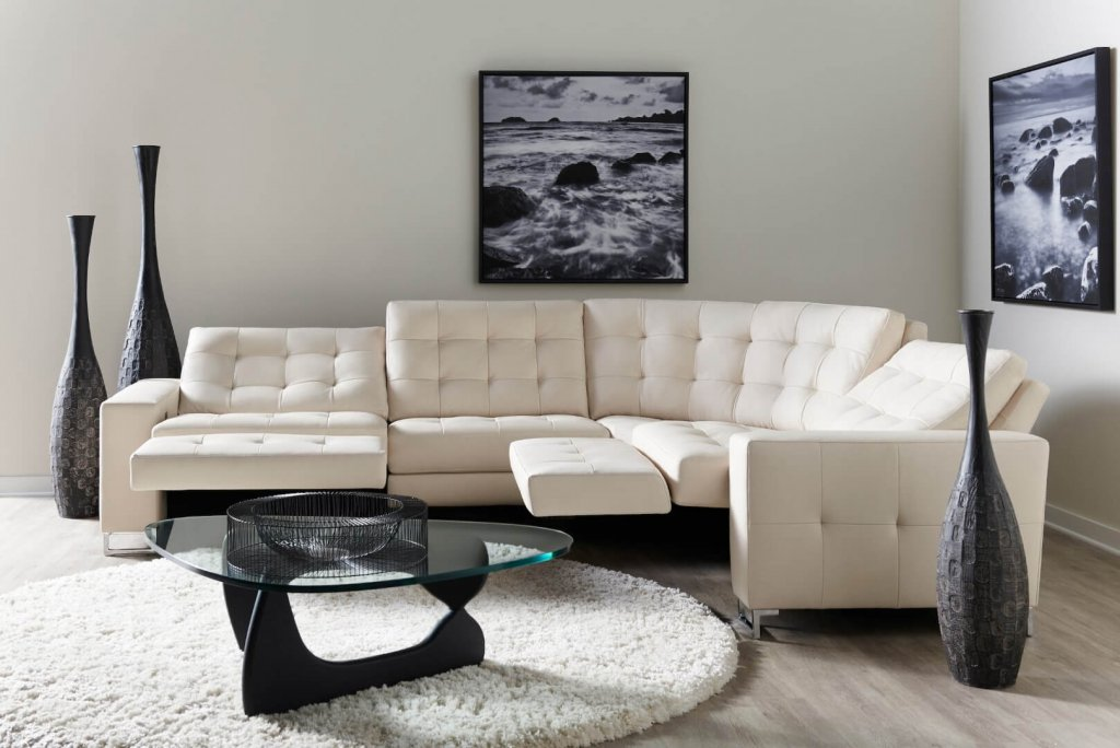 Hudson Sectional. High-style, custom motion furniture from BY DESIGN's Style-in-Motion collection.