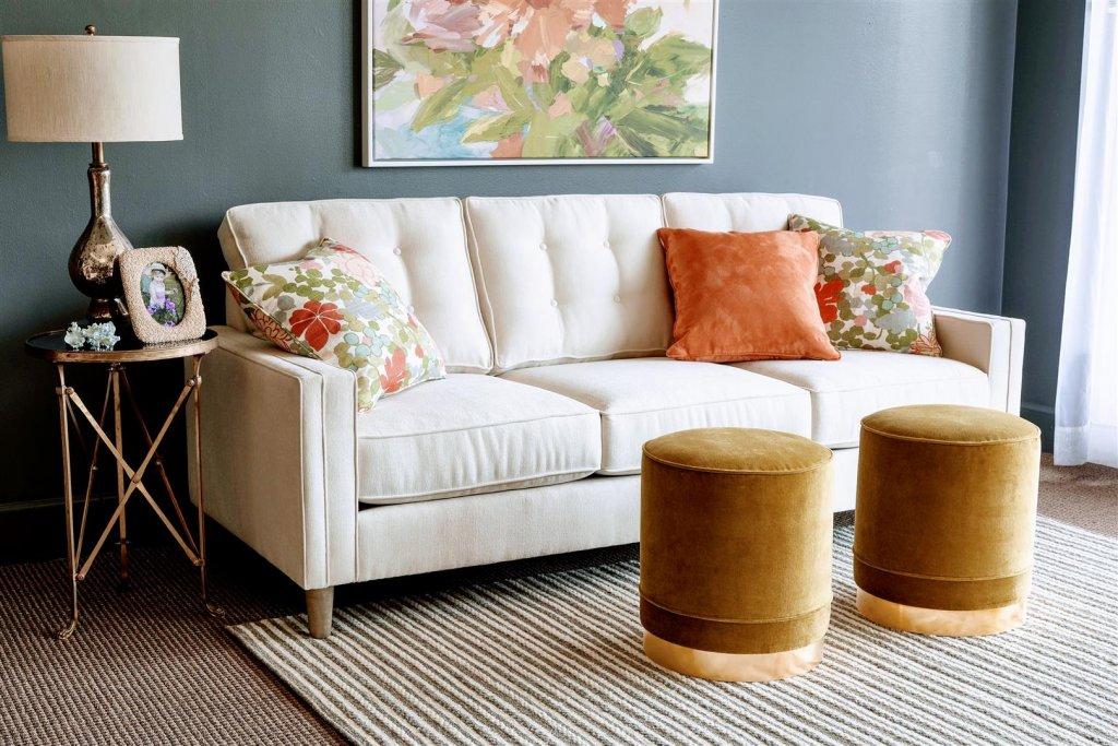 louise_sofa