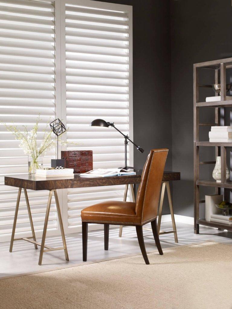 interior_design_style_new_classics_desk