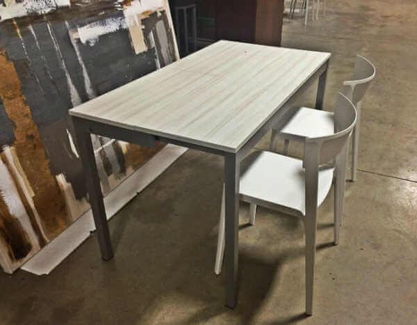 snap_console_table_with_leaf