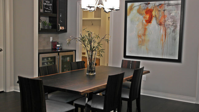 live-edge-table-dining-chairs
