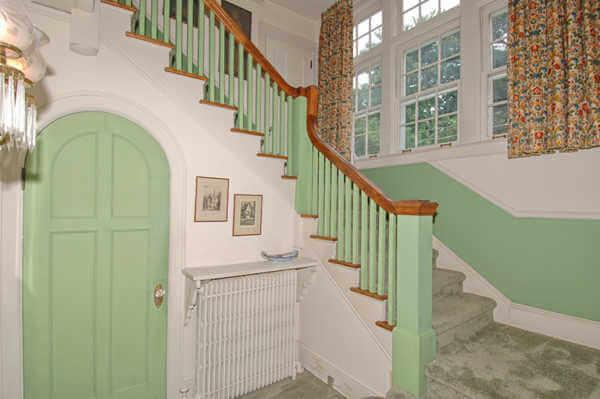 Foyer... with Hobbit door