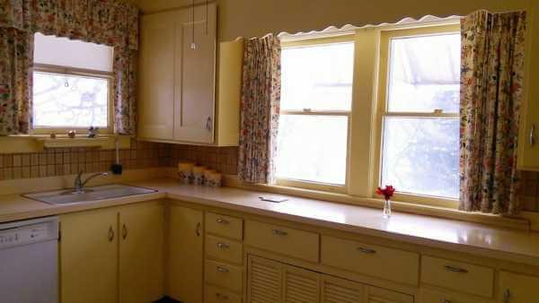 restoration-hardway-kitchen-before