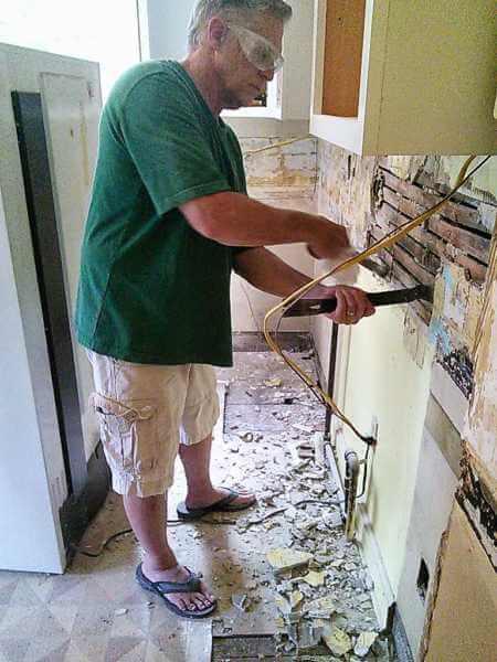 restoration-hardway-kitchen-tear-out-2